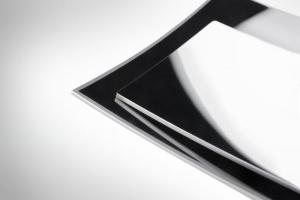 康宁与现代摩比斯合作推出新型增强现实抬头显示系统